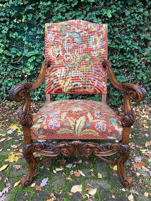 Carved armchair. - Seating - Inventory - glantiques